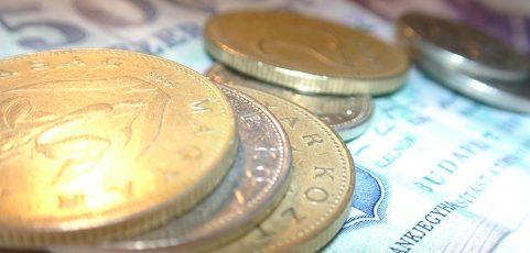 Půjčit si nebankovně je výhodné, musíte ale dobře prověřit danou nabídku